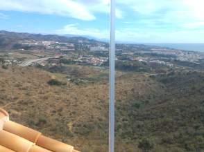 Dúplex en venta en Torre de Benagalbón