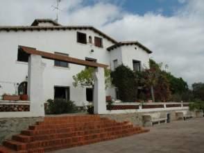 Casa en venta en calle Caramar