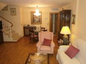 Casa adosada en venta en Casco Histórico - Alfonso