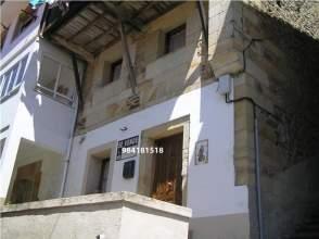 Casa en venta en Casa de Piedra de 2 Plantas en Lastres, Impresionantes Vistas, Rehabilitada