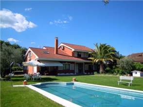 Casa unifamiliar en alquiler en Las Rozas de Madrid - El Pinar - Punta Galea