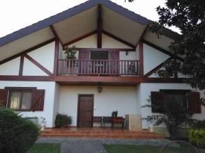Casa en venta en Larrabasterra