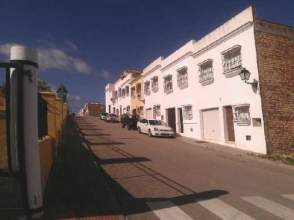 Casa adosada en venta en calle Juan Negrin, nº 7