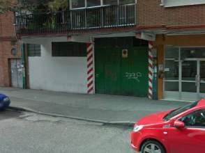 Garajes y trasteros en zarat n valladolid en alquiler for Garajes en renta
