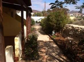 Casa adosada en alquiler en Tuineje
