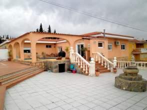 Chalet en venta en Alfaz-Urbanizaciones