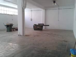 Local comercial en venta en calle Carlos Linde (calle), nº 11