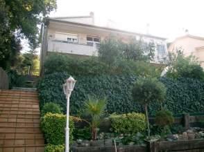 Chalet en alquiler en Bonita Casa en Alquiler en Montornés del Vallès Zo