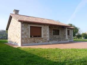 Casa en venta en Chalet A Estrenar A 20 Minutos Coruña