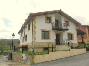 Casa pareada en venta en Udalla
