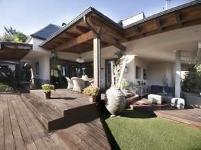 Casa unifamiliar en venta en Vía Sobrerroca