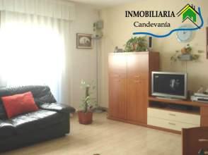 Casa pareada en venta en calle Aragón, Zuera por 200.000 €