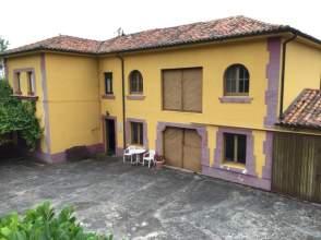 Casa unifamiliar en venta en Carretera San Cucao - Castiello, nº 16