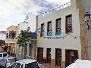 Piso en venta en calle La Alhóndiga