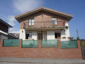 Casa en alquiler en Avenida Mioño