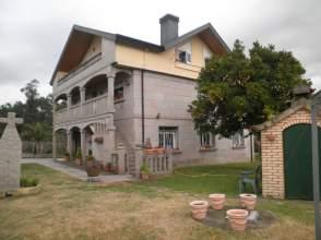 Casa unifamiliar en venta en calle Amieirolongo