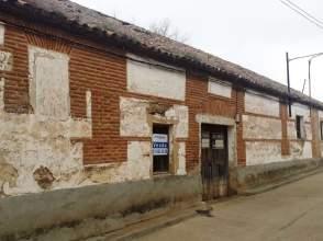 Casa pareada en venta en callejón calle Noez