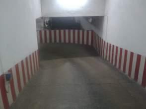 Garaje en alquiler en Avenida Republica Argentina