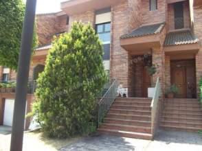 Casa adosada en venta en Avda. de Madrid ¡Oportunidad¡