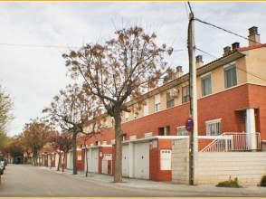 Casa adosada en alquiler en calle Juan de Lanuza