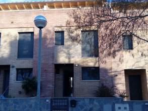 Casa adosada en alquiler en calle Ernest Lluch, nº 28