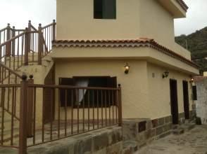 Casa en venta en calle La Calzada