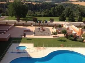 Pisos con piscina en jaca huesca en venta casas y pisos for Piscina jaca