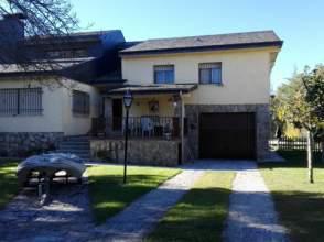 Casa pareada en venta en Urbanización los Llanos de El Escorial , nº 18