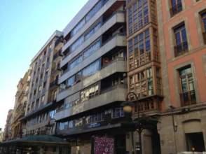 Piso en alquiler en calle Palacio Valdés, nº 7