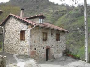 Casa rústica en venta en calle Casa Teverga, nº 1