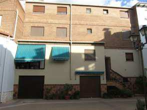 Casa adosada en alquiler en calle Poeta Rafael Duyos, nº 12