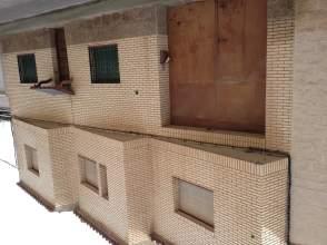 Casa unifamiliar en venta en calle Zumalakarregui, nº 8