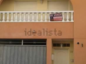 Casa adosada en venta en calle Capelletes, nº 28