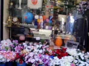 Local comercial en venta en calle Azkuene, nº 6