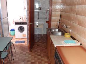 Piso en venta en calle Rocamador, nº 33, Valencia de Alcantara por 65.000 €