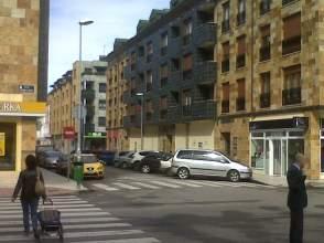 Local comercial en alquiler en calle Alejandro Casona, nº 2