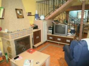 Casa pareada en alquiler en calle Levante, nº 10