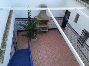 Casa en venta en calle Arias Montano