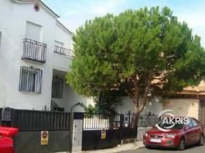 Casa adosada en venta en Lominchar