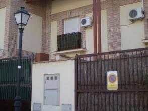 Casa pareada en Villaluenga de La Sagra