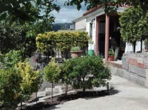 Casa pareada en calle Curtiñas, nº 5