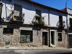 Casa pareada en calle de Fray Gabriel Téllez