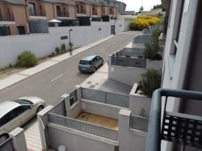 Casa en calle calle Tren Burra