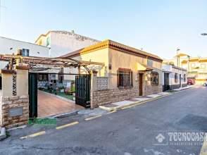Paired house in Zona Sur-El Campillo del Moro
