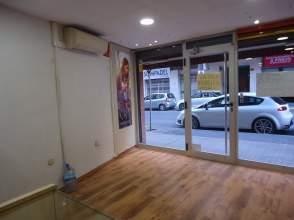 Local comercial en Lleida Capital  Príncep de Viana  Clot Xalets Humbert Torres