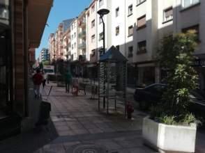 Local comercial en calle Juan Arana