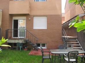Casa pareada en Avenida Juan Carlos I, nº 2