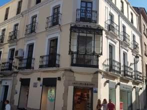 Piso en calle Clavellinas