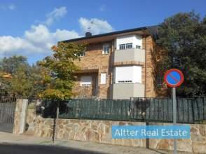 Casa unifamiliar en Colmenarejo, Zona de - Colmenarejo