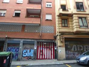 Garaje en calle Iturribide Kalea